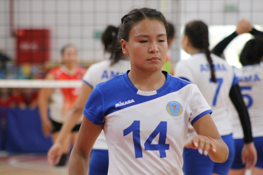 Сентизова Надя чемпион в волейболе