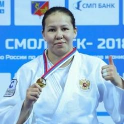 Нюргуяна Никифорова
