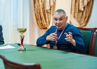 Айаал Макаров
